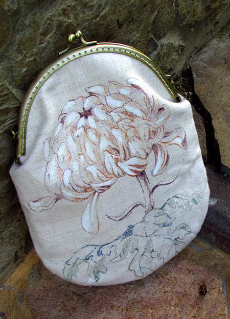 clutch with chrysanthemum