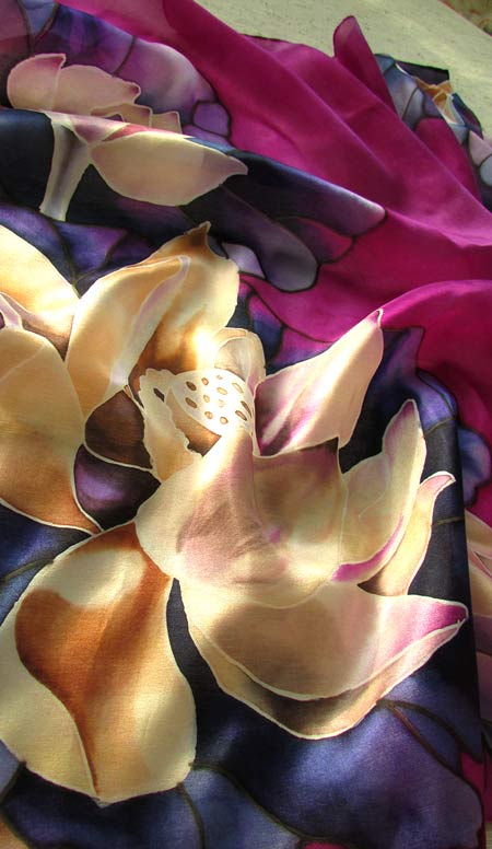 Lotus_on_silk