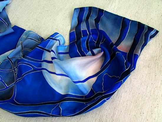 Blue_silk_scarf